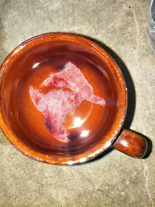色的血,今天就像来月经一样,血多,深红色,肚子像